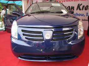 Mobil Esemka (sumber: detikoto.com)